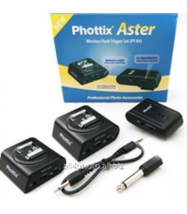 The Phottix Aster 2R radio synchronizer for Canon,