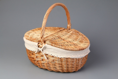 Basket for picnic (willow) on 8 persons