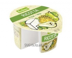 Сыр мягкий Рикотта с фруктовым наполнителем