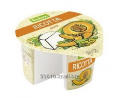 Cheese soft Ricotta with a fruit filler the Melon