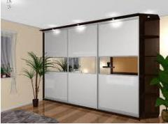Sliding wardrobes are built-in
