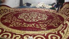 Carpet for a yurta floor