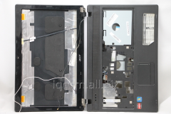 The pallet of the Acer Aspire 5552 case a black