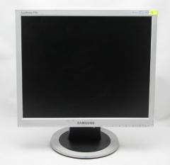 Monitor of Samsung of 713N 8 ms 17 1280x1024 5:4
