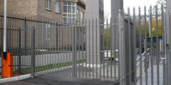 Металлический забор -для разных территорий