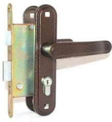 The lock a cut-in zenith 3v4-3,03 with the handle