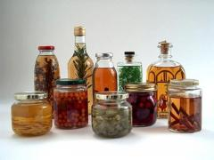 Natural extracts for alcoholic products