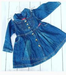 Dress from 2 to 8 years, jeans for the girl