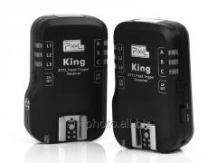 The Pixel King synchronizer for Canon
