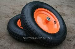 Wheels for wheelbarrows with bearings