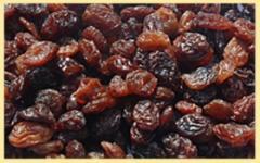Изюм коричневый (в мешках)