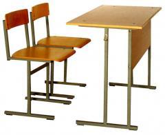 Стол ученический в комплекте с 2-мя стульями
