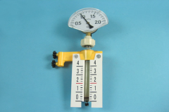 The device for studying of gas laws (with the