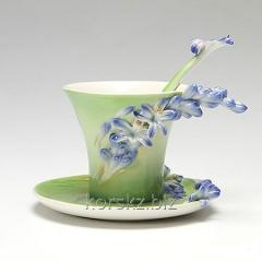 Tea couple: cup and saucer of Franz Collection,