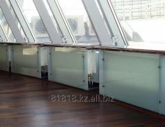 Glass screens for radiators