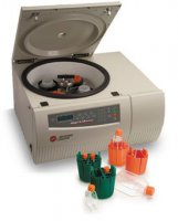 The desktop Allegra® X-12R centrifuge with cooling function
