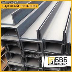 El hierro acanalado de acero gnutyy 200х80х5