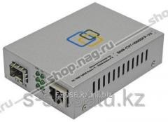 101001000-Base-T media converter