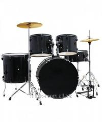 Drum set of Rowell with racks