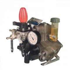 Pump M-35 (39 l/min., 40 atm.) for sprayers of