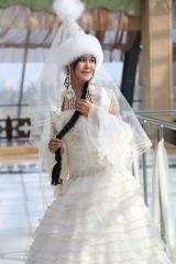 Казахские свадебные платья на проводы невесты.