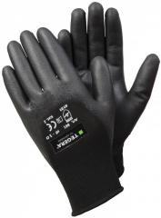 Gloves with a polymeric covering of Ejendals ® 861