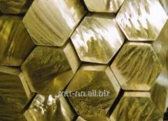 El hexaedro de latón 26 por el GOST 2060-2006, la