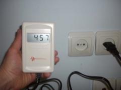 Измеритель электромагнитного излучения