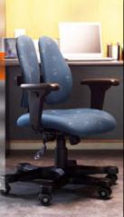 Эргономичные кресла LEADERS с ортопедической