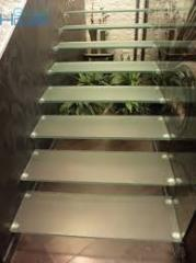 Glass ladder, handrail and protections