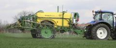 Hook-on field sprayers Europe
