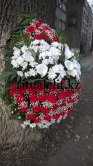 Funeral wreath of flowers Model 1