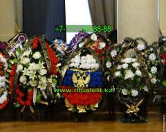 Funeral wreath of flowers Model 1