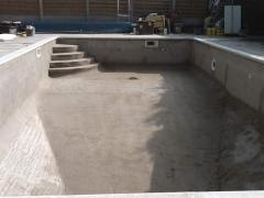 Concrete for pools