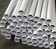 Plastic pipe for a tayr