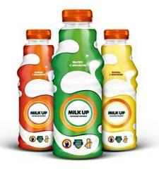Фруктово-молочный безалкогольный витаминизированный напиток Milk Up