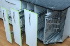 Sliding kitchen baskets