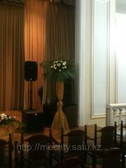 Стойки из живых цветов, НЕДОРОГО в Алматы