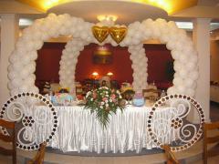 Украшение свадьбы воздушными шарами, в Алматы
