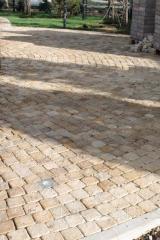 Galtovanny granite stone blocks