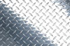 Листы стальные с чечевичным рифлением