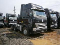 HOWO ZZ4257V3247N1B tractor (380l.s)