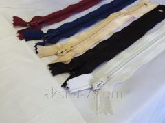 إكسسوارات وعناصر الملابس