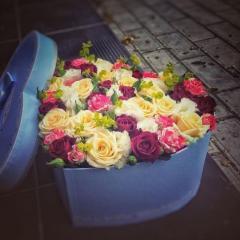 Заказ доставки цветов в городе Актау.