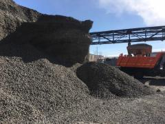 Crushed stone slag for road construction of