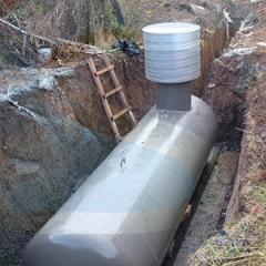 Газгольдеры подземные с высокой горловиной