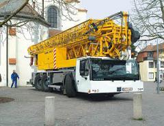Self-propelled construction MK 63 crane
