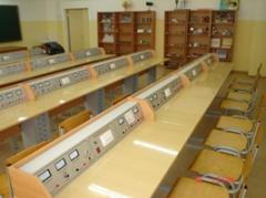 Стол ученический 2-хместный с приборной панелью