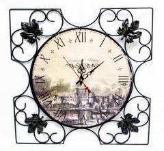 Часы настенные Замок квадратные, кованые