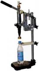 Пневматический укупорщик бутылок пластиковыми